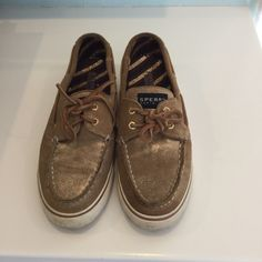 Brown Sperry's Brown Sperry's with a hint of gold fleck  . Wear shown, wear on soles. / no trades, no PayPal Sperry Top-Sider Shoes Sneakers