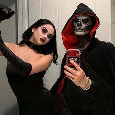 Dance with me darling November 02 2019 at fashion-inspo Cute Couple Halloween Costumes, Halloween Inspo, Halloween Kostüm, Halloween Outfits, Gothic Halloween Costumes, Funny Couple Costumes, Cartoon Costumes, Best Couples Costumes, Vampire Costumes