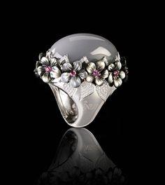 show-daily-Israeli-jeweller-Inbar-Jewellery