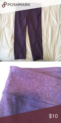 """Purple crop leggings Purple slightly heathered crop athletic leggings. Worn maybe a handful of times - very good condition. Waist approx 13"""" laying flat. Approx 19"""" inseam. Old Navy Pants Leggings"""