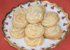 Dobré ořechové pečivo recept - TopRecepty.cz Dessert Recipes, Desserts, Bagel, Muffin, Bread, Cookies, Breakfast, Sweet, Food