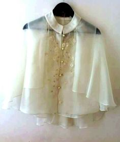 A modern female version of the Barong Tagalog. Runway Fashion Outfits, Womens Fashion, Modern Filipiniana Dress, Filipino Fashion, Gowns Of Elegance, Grad Dresses, Western Dresses, Barong Tagalog For Women, Traditional Dresses