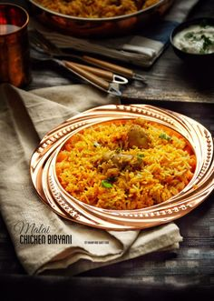 A very tasty chicken biryani, with fragrant spices such as coriander, turmeric, and kasuri methi (Dried fenugreek leaves) infused into a creamy and rich masala and assembled with layers of rice whi…