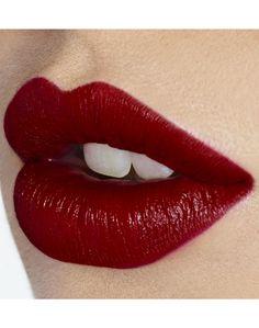 K.I.S.S.I.N.G Lipstick in So Marilyn Red | Charlotte Tilbury