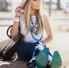 This world is full of beautiful things. like you 💙 Find your very own Turquoise Sole at Lane Boots! Cowgirl Fashion, Cowgirl Style, Beautiful Things, Fashion Forward, Turquoise, Country, Boots, Outfits, In Trend