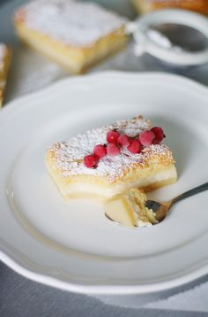 Cute Cakes, Yummy Cakes, Yummy Treats, Delicious Desserts, Finnish Recipes, Custard Desserts, Sweet Pastries, Creative Food, Cake Recipes