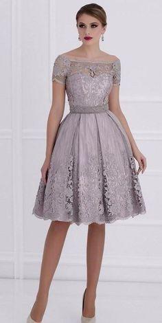 cc0524bbb9 2018 Sex Design mangas cortas una línea de vestido de fiesta Mini vestido  de noche de la dama de honor corta vestido de fiesta vestido de fiesta con  encaje