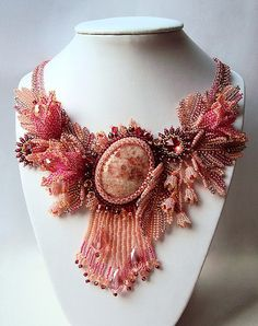 Beautiful Beaded jewelry by Natalia Savelieva | Beads Magic.  Love everything about this piece!  Curleytop1.