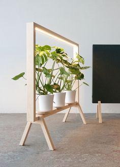 Étagère porte-plante lumineuse : Limbus Greenframe met en scène la végétation intérieure