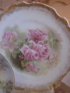 Rose Cabinet plate
