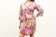 Hey, I found this really awesome Etsy listing at https://www.etsy.com/listing/186260130/318-floral-kimono-crossover-robe