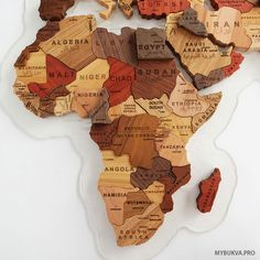 Trendy wood art diy wall world maps 16 Ideas World Map Puzzle, Wood World Map, World Map Decor, World Map Art, World Map Design, Wooden Decor, Wooden Crafts, Diy And Crafts, Wooden Map