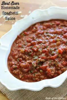 Best Ever Homemade Spaghetti Sauce | Belle of the Kitchen  do not add the thyme and just enough water to rinse out tomato containers  did not add bay leaf either Sauce Recipes, Beef Recipes, Cooking Recipes, Healthy Recipes, Pizza Recipes, Italian Dishes, Italian Recipes, Great Recipes, Salads