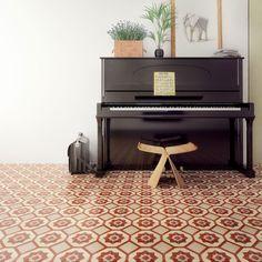 Vår fargeekspert Dagny Thurmann-Moe gir deg sine beste tips til fargevalg på gulvet. Det rette gulvet kan løfte et hjem til nye høyder!