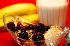 Banana Split for Vegans or Daniel Fast Fast Healthy Breakfast, Fast Healthy Meals, Fast Easy Meals, Healthy Eating, Fast Dinners, Healthy Recipes, Healthy Foods, Diet Recipes, Vegetarian Recipes