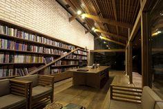 Jardín Biblioteca Cotia,© Dalton Bertini Ruas