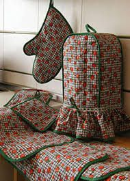 Resultado de imagen de forro para licuadora Diy And Crafts Sewing, Sewing Projects, Diy Projects, Diy Crafts, Home Crafts, Arts And Crafts, Quilted Gifts, Embroidery Motifs, Soft Furnishings