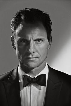 Tony Goldwyn photographed by Jill Greenberg for M Magazine. (Part 1)