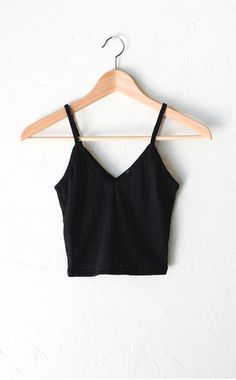 Knit V-neck Cami Crop Top Cute Lazy Outfits, Crop Top Outfits, Pretty Outfits, Casual Outfits, Look Fashion, Teen Fashion, Fashion Outfits, Half Shirts, Moda Casual