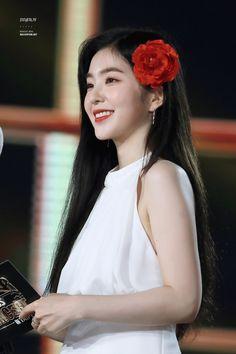 Irene-Redvelvet 180707 SBS Super Concert in Taipei Red Velvet アイリーン, Irene Red Velvet, Seulgi, Kpop Girl Groups, Kpop Girls, Korean Beauty, Asian Beauty, Korean Girl, Asian Girl