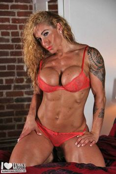 Victoria Lomba is one hot muscle girl!
