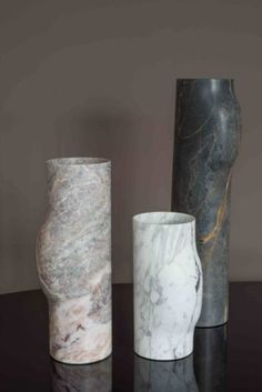 Pottery Vases – Vases Home Decor Ideas Vase Centerpieces, Vases Decor, Pottery Vase, Ceramic Pottery, Painted Vases, Clear Glass Vases, White Vases, Luxury Interior Design, Interior Accessories