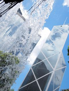 The Bank of China Tower is one of the most recognisable skyscrapers in Central, Hong Kong. By Concrete Girl ♥, via Flickr