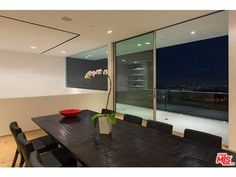 1853 Sunset Plaza Drive Los Angeles, CA 90069 | Roger Perry | (310) 724-7100 | Rodeo Realty, Inc