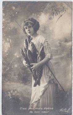 """Carte Photo """"C'est Peu Mais Donné de Bon Coeur"""" 1er AVRIL April Fool's RPPC. #vintage #April_Fools_Day #fish #postcards"""