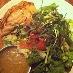 Sonoma Salad with Salmon at HUB 51 in River North, Chicago