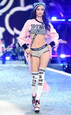 Luma Grothe: 2016 Victoria's Secret Fashion Show