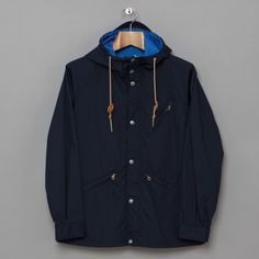 Beams Plus: Parka - Navy Stylish Clothes, Stylish Outfits, English Men, Pocket Squares, Man Style, Dapper, Beams, Parka, Nike Jacket