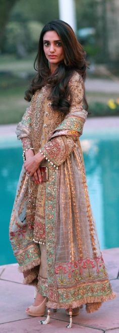 REMA QURESHI ABSOLUTELY GORGEOUS IN NICKIE NINA THIS WEEKS BEST DRESSED: 28th Feb