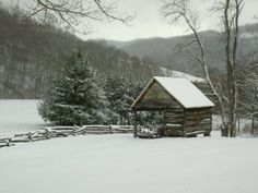 Beautiful North Carolina mountain snowy day near Asheville and the Blue Ridge Parkway - at Vance Birthplace