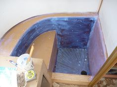 Step by step tiling of an Airstream bathroom