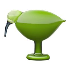 iittala Toikka Green Ibis One of Oiva Toikka's most popular bird forms returns in this striking green color. The iittala Toikka Green Ibis is a beautifully simple bird with a smooth, flowing form. An uncomplicated, but deep col. Design Shop, Contemporary Decorative Objects, Green Home Decor, Green Decoration, Blown Glass Art, Shops, Glass Birds, Glass Design, Hurricane Glass