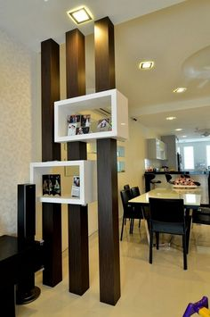 Great use of a wood partition for boxes display units. Living Room Partition Design, Living Room Tv Unit Designs, Room Partition Designs, Living Room Divider, Living Room Decor, Wood Partition, Room Interior, Home Interior Design, Interior Columns