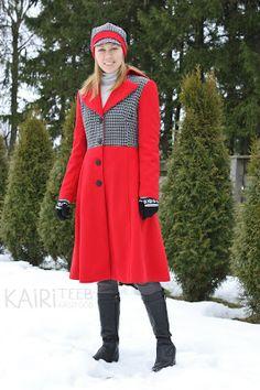 Red wool coat and matching hat / Punane mantel ja nokaga müts