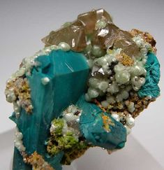 Rosasite pseudo. Azurite with Cerussite from Tsumeb, Namibia [db_pics/pics/af683c.jpg]