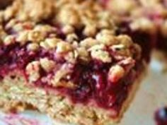 Desserts, Delicious Raspberry Oatmeal Cookie Bars, Seedless Raspberry Jam Is Sandwiched Between Buttery Brown Sugar-Oatmeal Cookie Crusts. Dessert Bars, Bon Dessert, Quick Dessert, Oatmeal Cookie Bars, Oat Bars, Granola Bars, Cupcakes, Raspberry Oatmeal Bars, Raspberry Cobbler