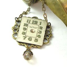 Time traveling jewelry by Mystic Pieces