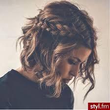 Znalezione obrazy dla zapytania fryzury damskie do ramion 2017