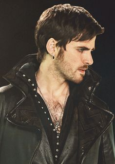 "Colin O'Donoghue - Once Upon A Time ""Captain Hook"" :)"