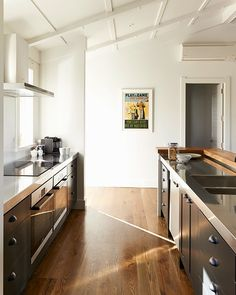 Todays post is close to home for me and dear to my heart. I have grown up watching the work of Hawkes Bay architectural designer A. Coastal Country, Modern Country, Kitchen Dining, Kitchen Cabinets, Black Barn, Rural Retreats, Close To Home, Black House, Home Kitchens