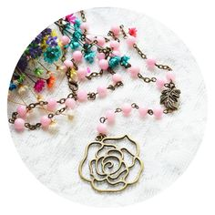 The scent of lavender by livesmira on Etsy Vintage Fall, Vintage Jewelry, Unique Jewelry, Vintage Roses, Pin Collection, Lavender, Delicate, Vintage Fashion, Beads