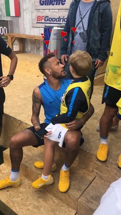 Neymar Jr, Neymar Football, Lionel Messi, Fifa World Cup, Father And Son, Football Players, Alter, Puppy Love, Superstar