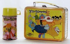 1960's lunch boxes | 1960s Yellow Submarine Lunch Pail