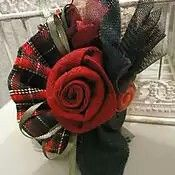 Cloth Flowers, Felt Flowers, Beaded Flowers, Fabric Flowers, Tissu Style Shabby Chic, Shabby Chic Flowers, Textile Jewelry, Fabric Jewelry, Brooches Handmade
