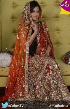 Gorgeous Madhubala aka Drashti Dhami Lehenga Chunni, Drashti Dhami, Desi Bride, Pakistani Bridal Dresses, Indian Wear, Indian Style, Indian Beauty Saree, Bridal Outfits, Indian Outfits