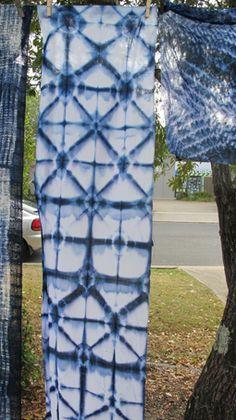 itajime,  using Procion blue
